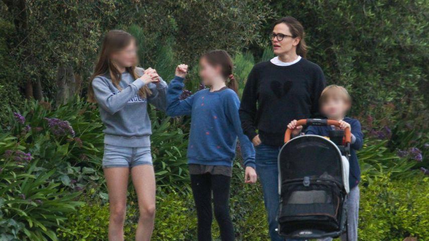 Jennifer Garner mit ihren Kindern Violet, Seraphina und Samuel