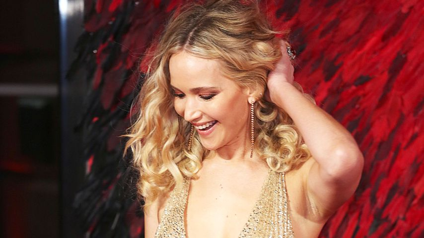 Als sexy Neu-Single: Jennifer Lawrence mit XXL-Busen-Show!