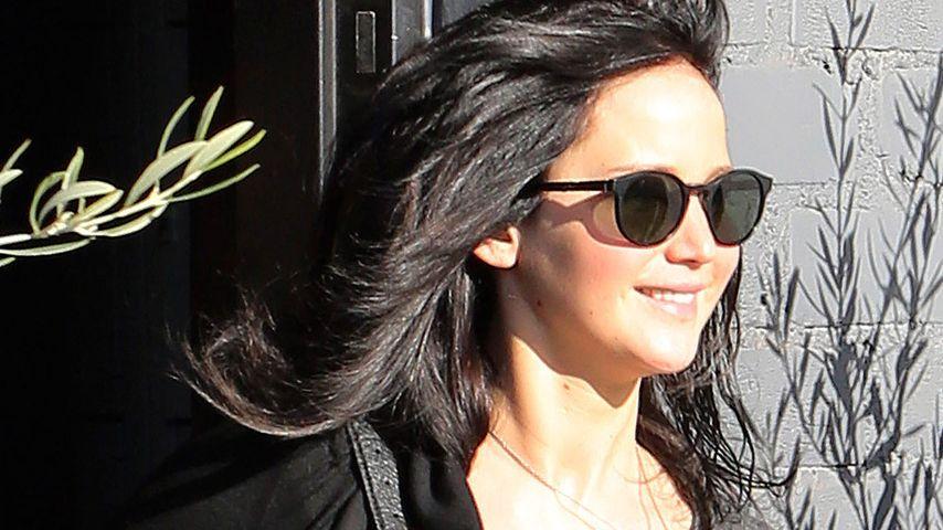 Jennifer Lawrence: Die Haare sind wieder schwarz!