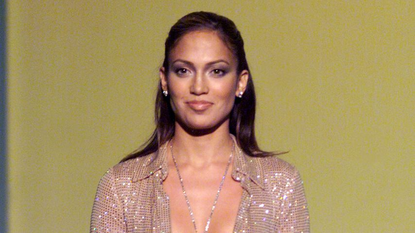 Jennifer Lopez bei den Vogue Fashion Awards 1999