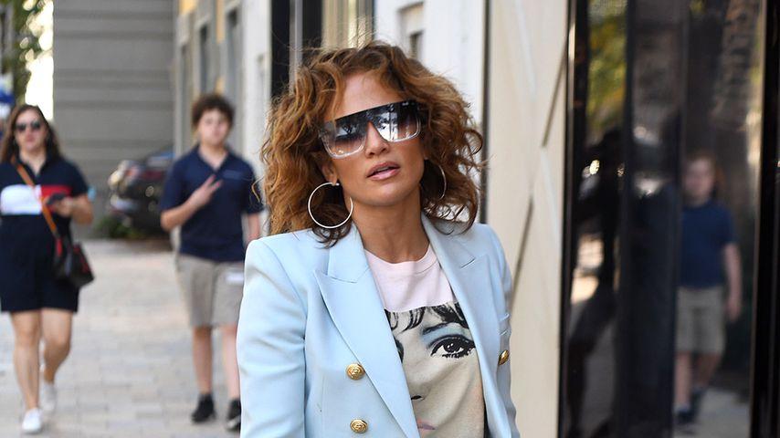 Nude video celebs » Jennifer Lopez sexy, Constance Wu sexy