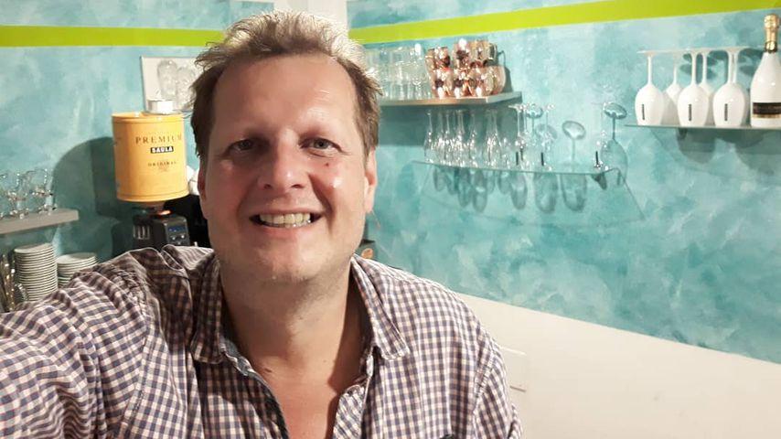 Jens Büchner in seinem Café auf Mallorca