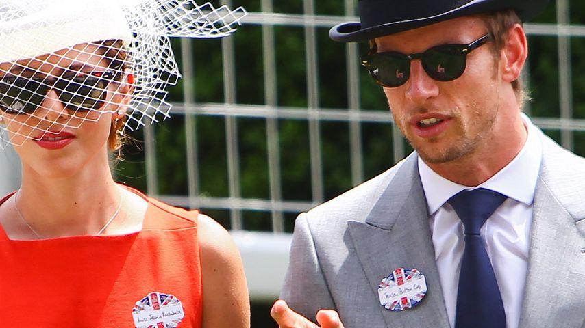 Formel 1-Star Jenson Button heiratet Dessous-Model