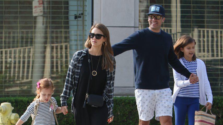 Jessia Alba und ihr Mann Cash Warren mit den gemeinsamen Töchtern