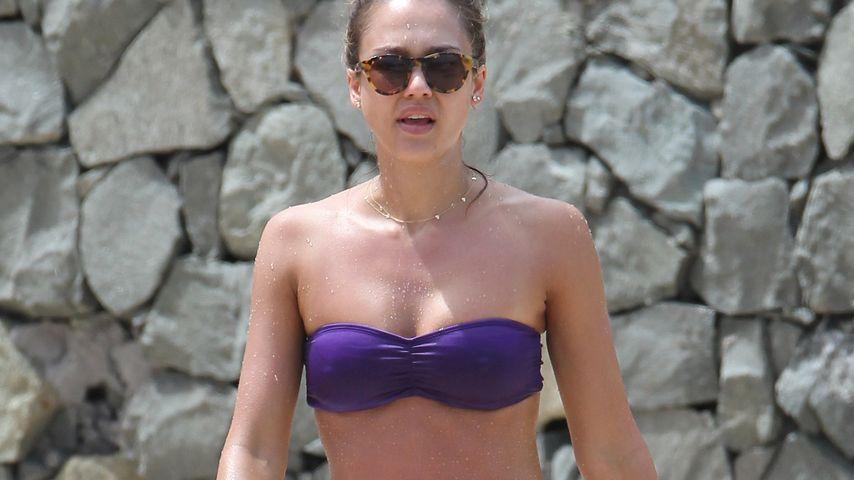 Jessica Alba in der Karibik, 2013