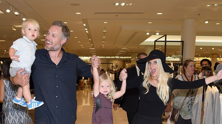 Jessica Simpson, Eric Johnson, Maxwell Drew Johnson und Ace Knute Johnson