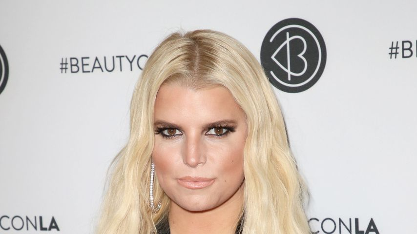 Freunde in Sorge: Hat Jessica Simpson ein Alkohol-Problem?