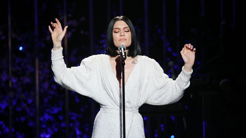 Tod des Bodyguards: Jessie J weint bei Piano-Performance