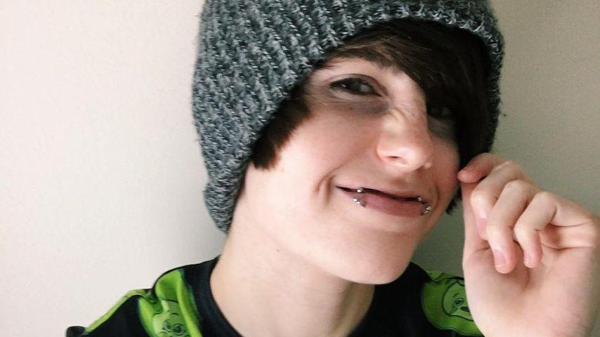 Nach zehn Jahren: YouTube-Star outet sich als Transgender!