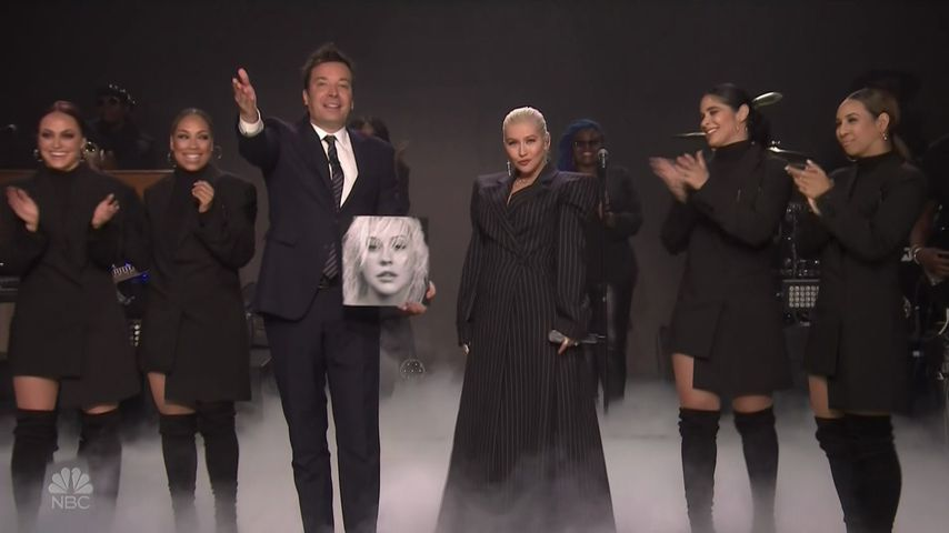 "Christina Aguilera in der ""The Tonight Show Starring Jimmy Fallon"""