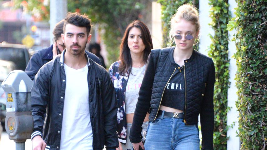 Joe Jonas mit Sophie Turner in Beverly Hills unterwegs