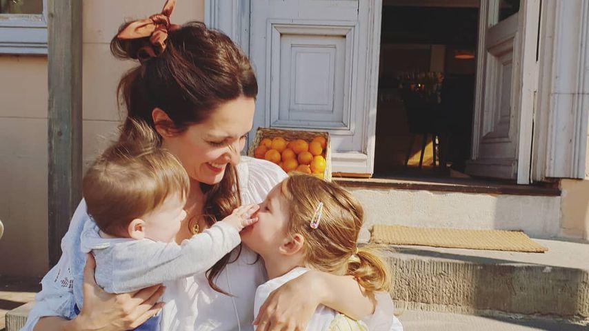 Moderatorin Johanna Klum mit ihren Kindern