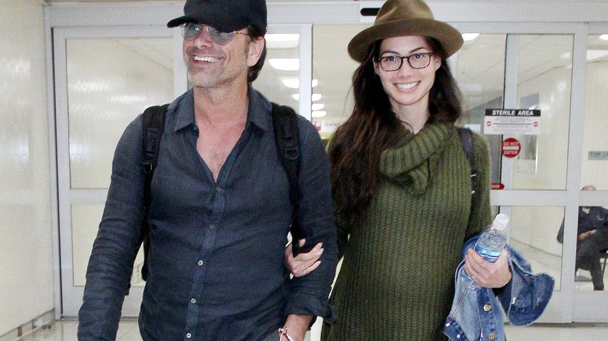 Happy Couple: John Stamos' Verlobte zeigt süße Babykugel