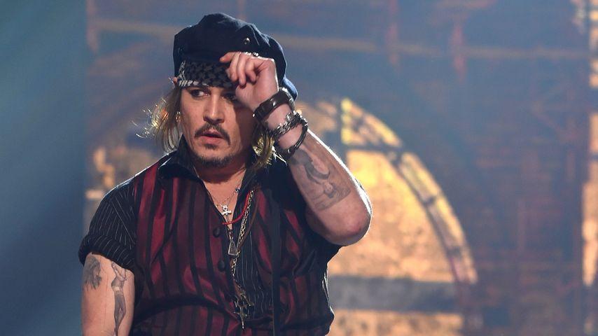 Rührend! Jack Sparrow besucht krebskranke Kinder