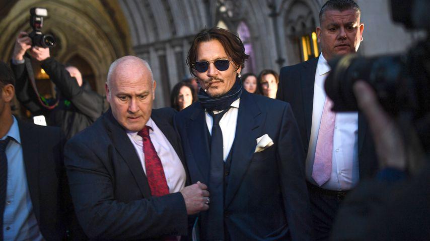 Johnny Depp vor einem Gerichtsgebäude in London 2020