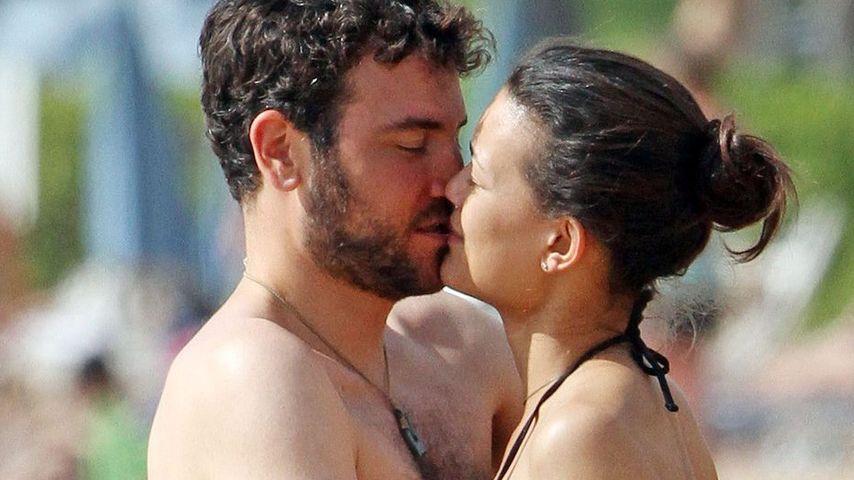 HIMYM-Josh Radnor: Heiße Küsse am Strand!