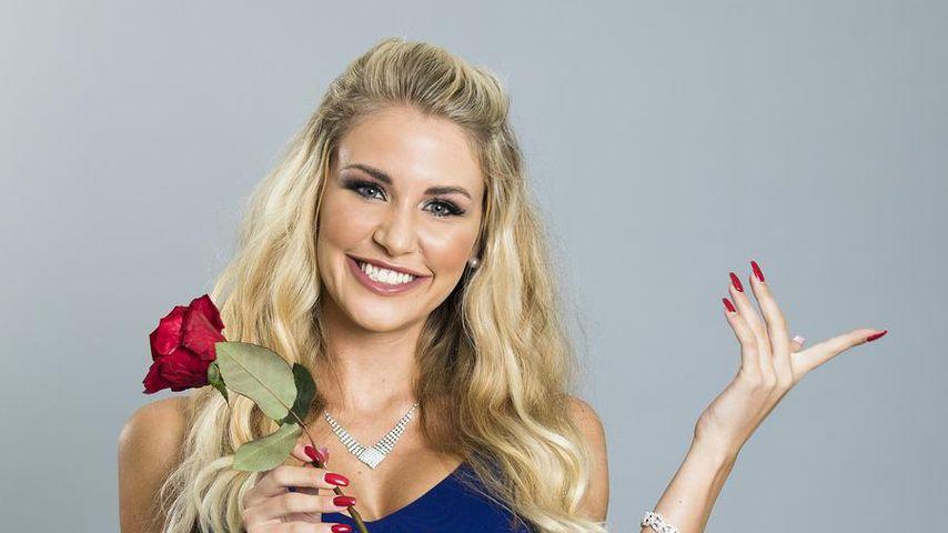 Stewardess Julia: Fliegt sie mit Bachelor Basti ins Glück?