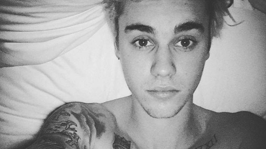Justin Bieber macht ein Selfie