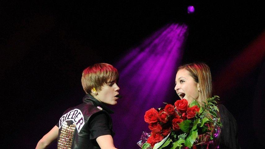 Süß! Justin Bieber wird zum Rosen-Kavalier