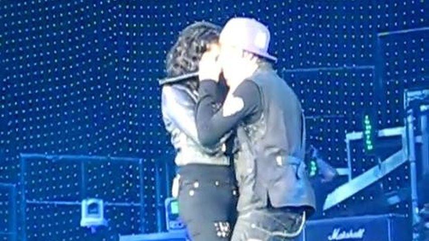 Videobeweis: Justin Bieber und Jasmine flirten