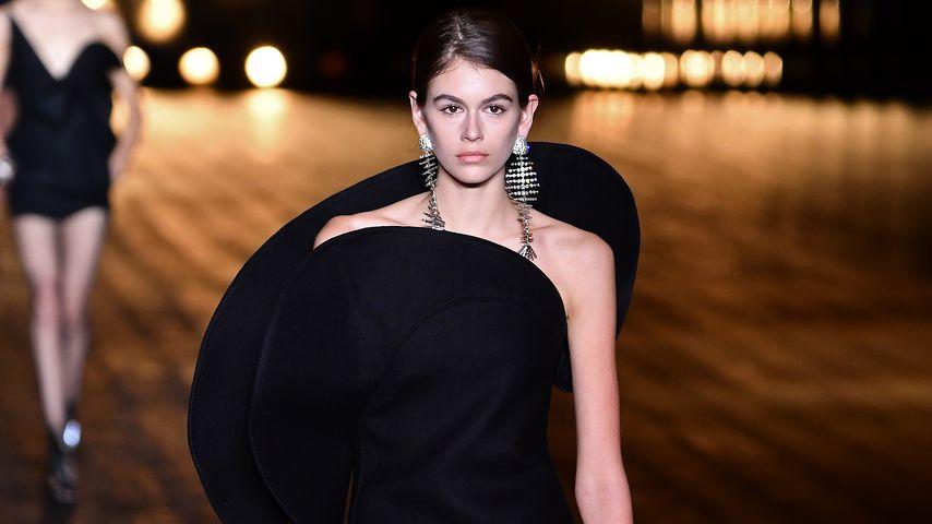 Kaia Gerber bei der Pariser Fashionweek