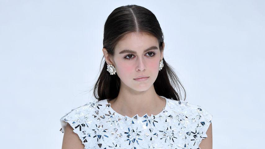 Model Kaia Gerber während der Fashionshow mit Lagerfelds letzter Chanel-Kollektion