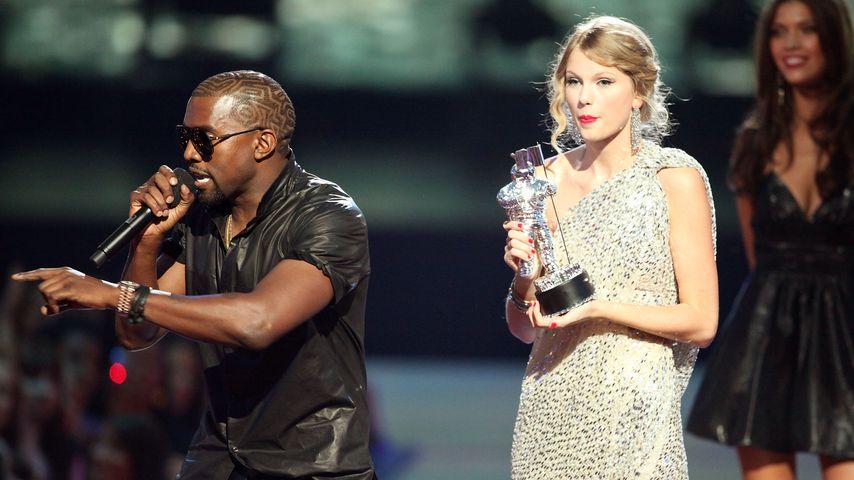 Kanye West und Taylor Swift bei den MTV VMAs im September 2009