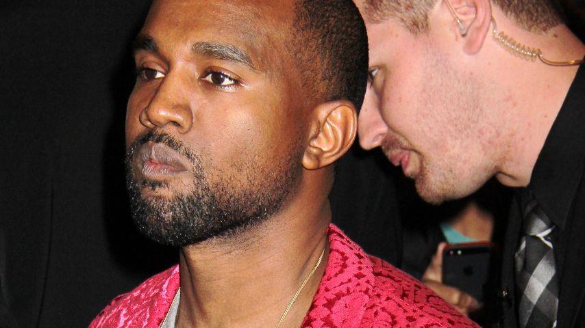 So krass schlug Kanye West auf den Teenie ein!