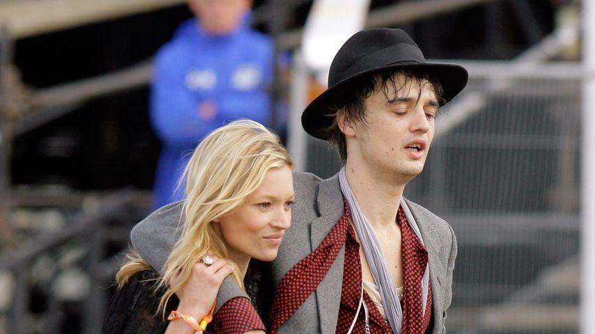 Kate Moss und Pete Doherty im Juni 2007 in Somerset