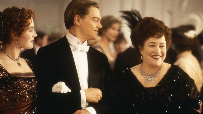 "Kate Winslet, Leonardo DiCaprio und Kathy Bates in ""Titanic"""