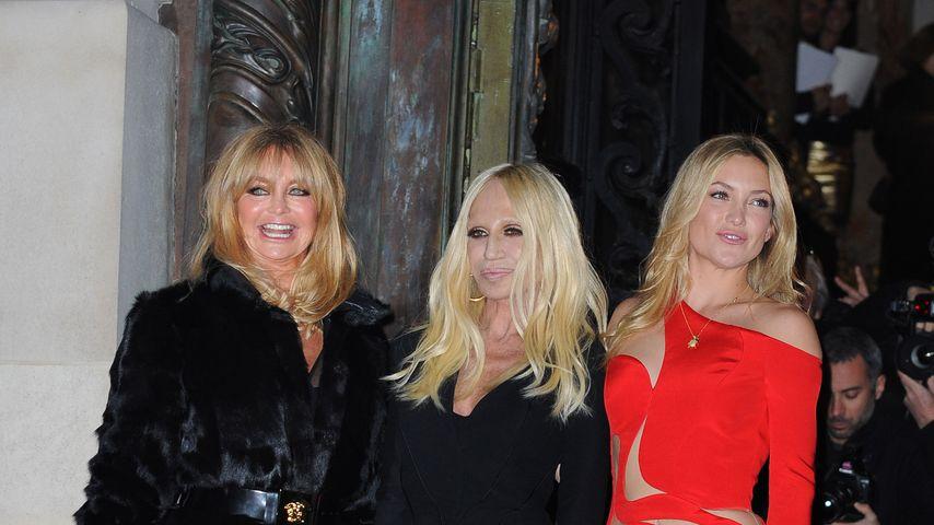 Kate Hudson, Goldie Hawn und Donatella Versace