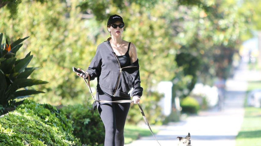 Hier versteckt Katherine Schwarzenegger ihren Babybauch!