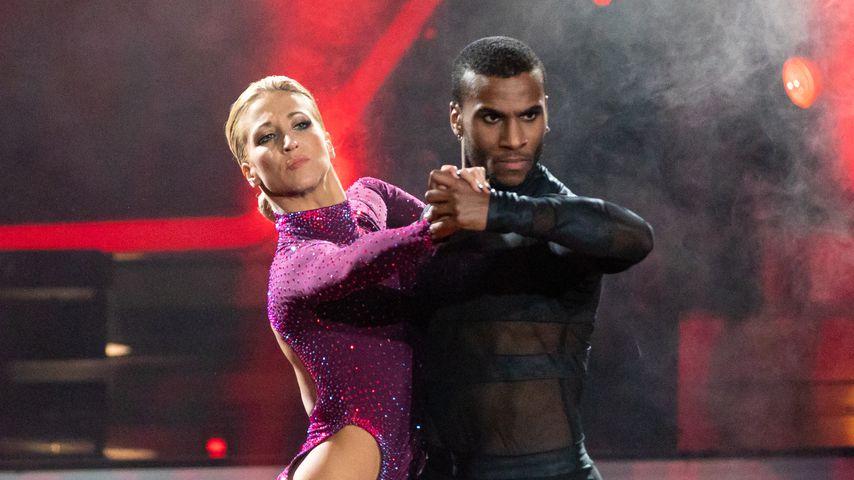 """Kathrin Menzinger und Tijan Njie in der ersten """"Let's Dance""""-Liveshow, Februar 2020"""