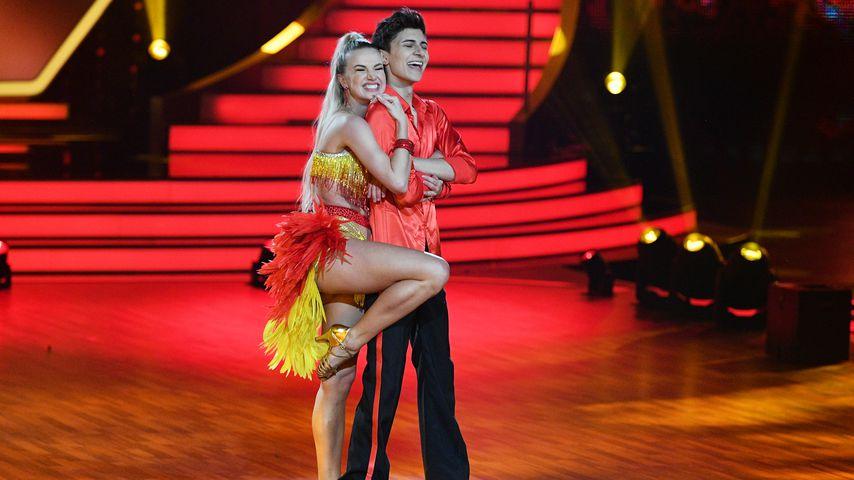 """Katja Kalugina und Lukas Rieger bei der ersten """"Let's Dance""""-Show"""
