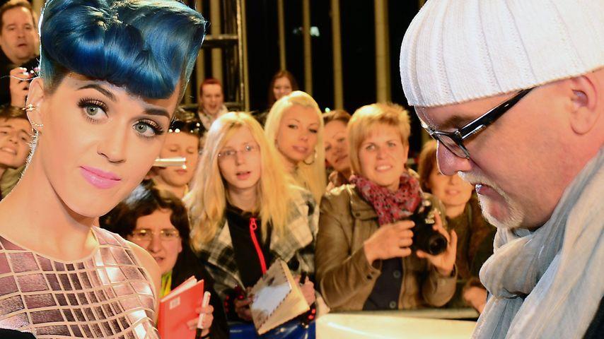 Süß! DJ Ötzi holt sich Autogramm von Katy Perry