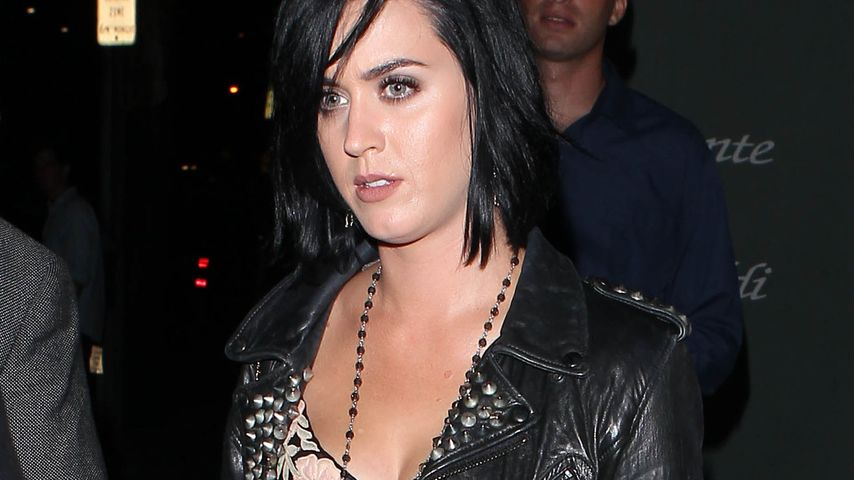 Katy Perry zeigefreudig im transparenten Kleid