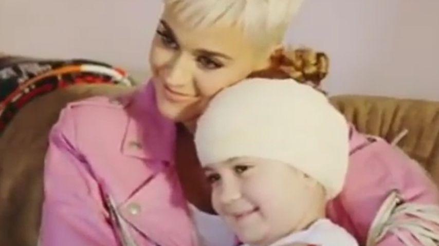 Weil sie Show verpasste: Katy Perry besucht krebskranken Fan
