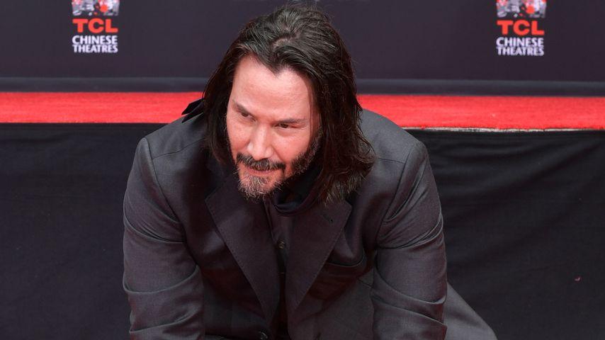 Große Ehre: Keanu Reeves durfte sich in Hollywood verewigen