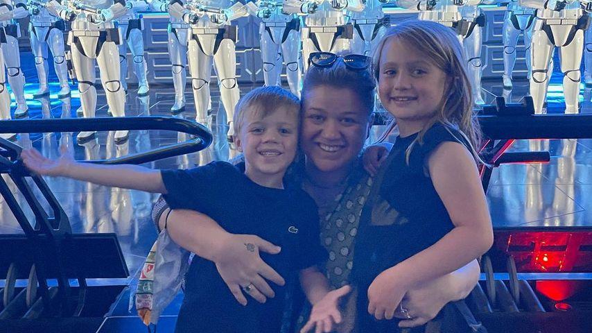 Kelly Clarkson mit ihren Kindern Remington und River