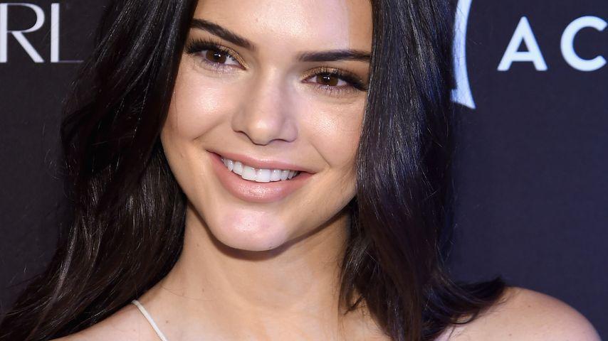 """Wie BFF Gigi: Kendall Jenner läuft für """"Victoria's Secret"""""""