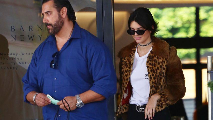Kendall Jenner mit ihrem Bodyguard