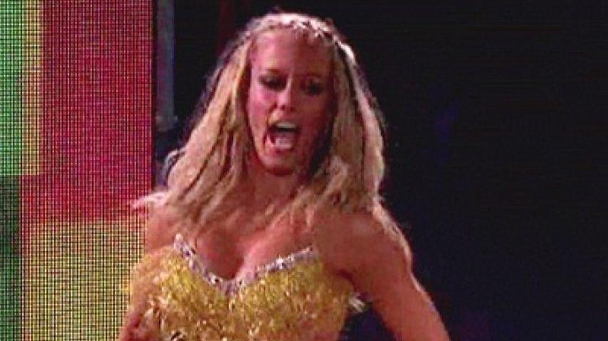 Sexy Samba! Kendra Wilkinson macht die Stripperin