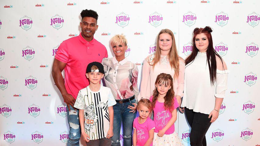 Kerry Katona mit ihrem Ex George Kay und ihren Kindern