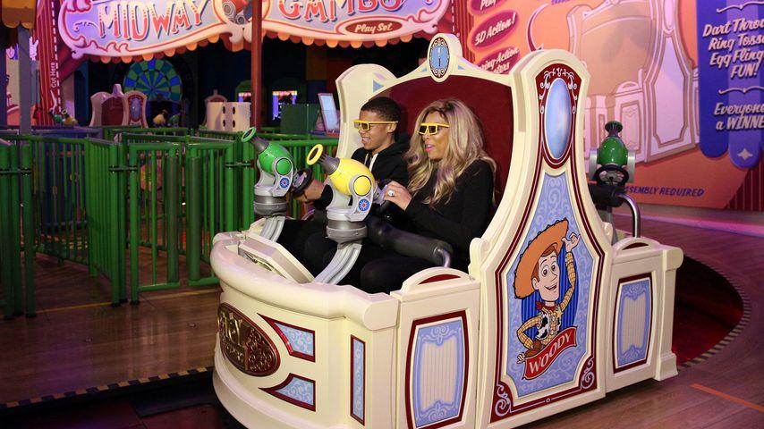 Kevin Hunter Jr. und Wendy Williams in Disney World
