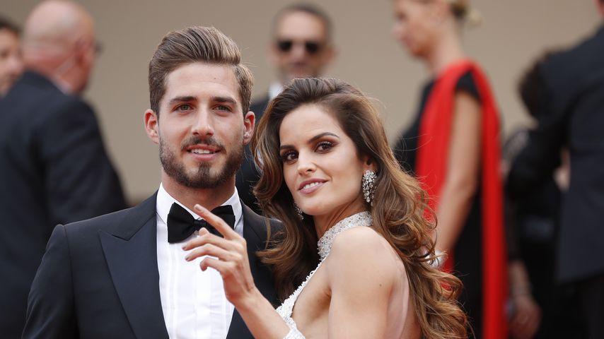 Fußballer Kevin Trapp und seine Verlobte Izabel Goulart im Mai 2017 in Cannes