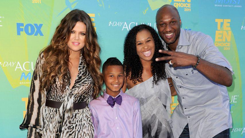 Khloe Kardashian mit Lamar Odom und dessen Kindern Lamar Jr. und Destiny 2011