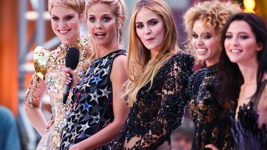 Heidi Klum mit den GNTM-Girls Kim Hnizdo, Elena Carrière, Taynara Joy und Fata Hasanović