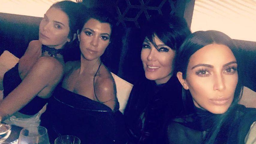 Kim Kardashian mit Kendall, Kylie und Kris Jenner