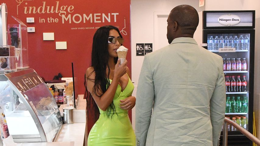 Kim Kardashian und Kanye West in einer Eisdiele in South Beach, August 2018