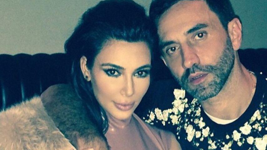 Busen-Panne! Kim Kardashian postet Grapscher-Foto